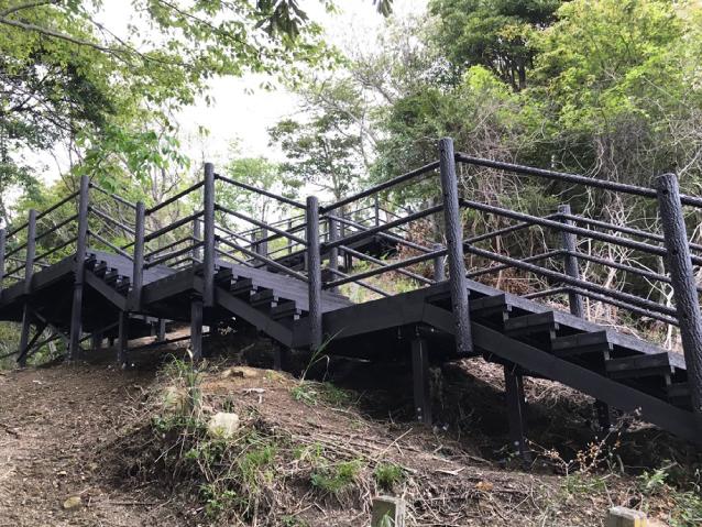 City park type stairs deck (tsunami evacuation stairs)